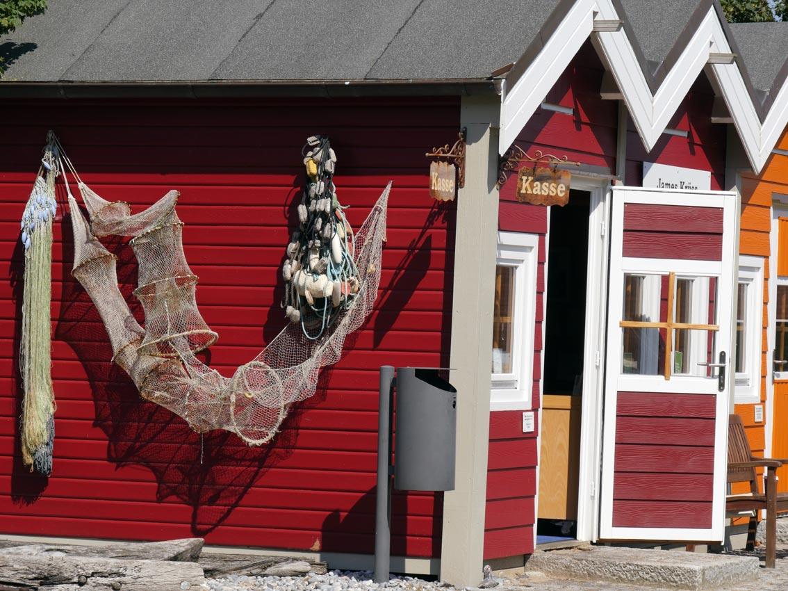 Seit 2006: Hummerbuden-Zeile im Außenbereich des Museums Helgoland.