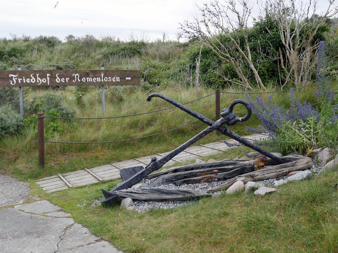 Zugang zur Gedenkstätte auf der Düne | Foto: Andreas Bubrowski